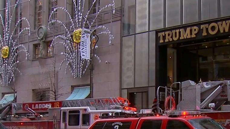 (foto, video) Reședința președintelui Donald Trump din New York a luat foc. Doi răniți sunt în stare gravă