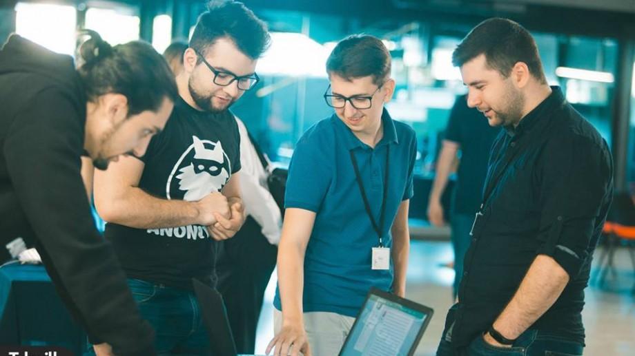 Ești antreprenor în domeniul IT? Participă la Traction Camp și învață cum poți să-ți dezvolți cu succes afacerea