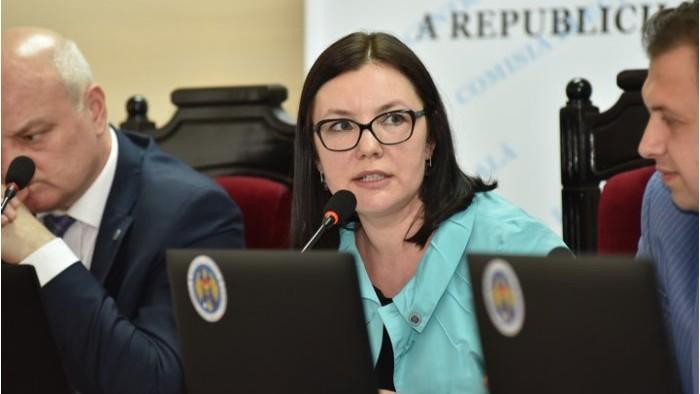 Cum explică președinta CEC respingerea înregistrării grupului de inițiativă anti-mixt