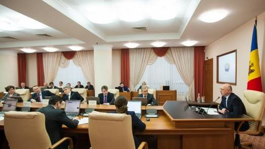 Guvernul va susține introducerea aspirațiilor europene ale Republicii Moldova în Constituție