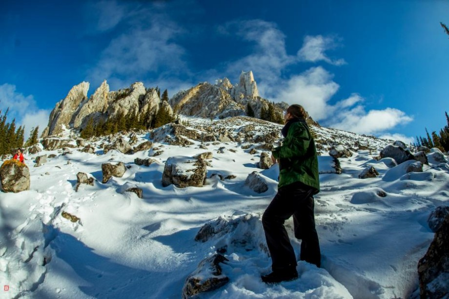 (foto) Cum să bei spumantul dintre ani la 1500 de metri altitudine sau ce m-a învățat muntele la prima cățărare