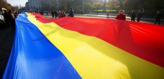 tricolor-700x336