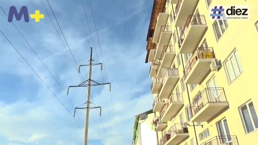 (video, infografic) Cu acte în regulă, dar în pericol. Problema caselor construite de-a lungul liniilor de înaltă tensiune
