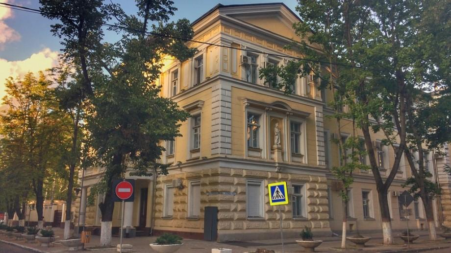 (foto) Descoperiri Urbane: Povestea clădirii din care a evadat Kotovsckii și care spune un adevăr și o minciună