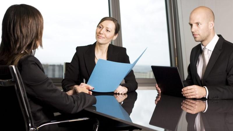 Se caută un profesor de germană, office manager, operator Call-Centru. #diez îți recomandă cele mai fierbinți posturi vacante