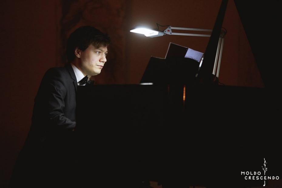 """Beethoven și Schubert ascultați în întuneric. În ajun de Dragobete """"Moldo Crescendo"""" revine cu un concert inedit"""