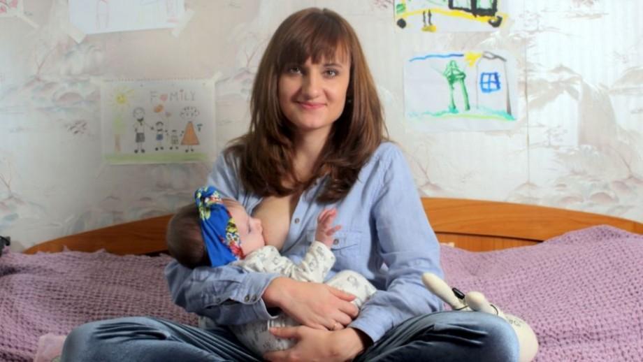 """A fost lansat """"Vlogul unei Mame Feministe"""". Un vlog despre șabloane și stereotipuri din societate care trebuie eradicate"""