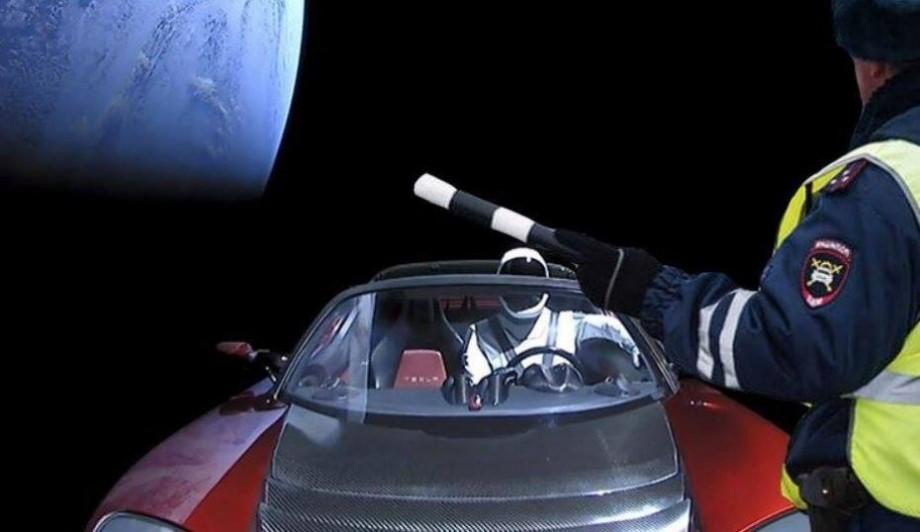 """(foto) Primii 60 de sateliți care fac parte din planul lui Elon Musk de a da planetei """"internet accesibil"""" vor fi lansați vineri dimineața"""