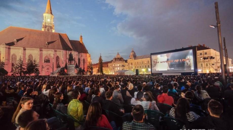 Dacă ești tânăr regizor sau scenarist poți câștiga 2.500 de Euro. Condițiile de participare la Bursa Alex
