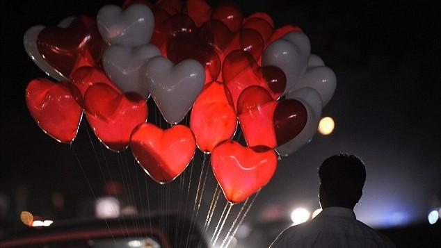 """Prima ţară din lume care a interzis Valentine's Day. Este considerată o sărbătoare """"amorală"""" și """"vestică"""""""
