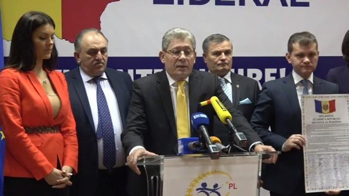 (video) Partidul Liberal a înregistrat în Parlament proiectul Declarației de Unire a Republicii Moldova cu România