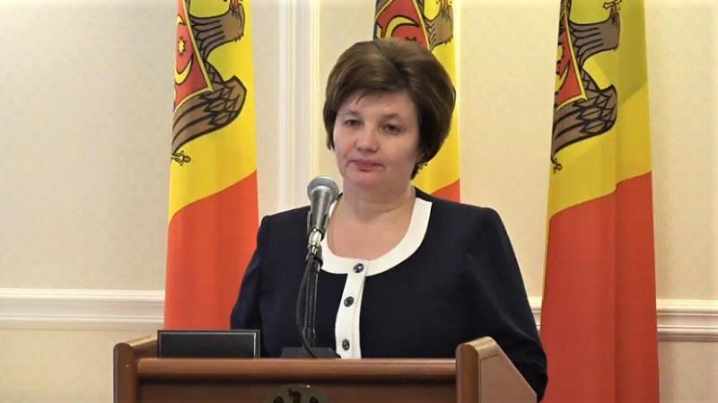 Jocul moțiunilor simple în Parlament: Svetlana Cebotari, al treilea ministru chemat la raport