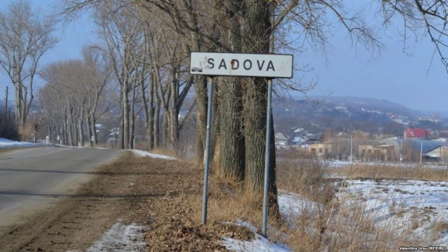 (live video) Sadova, localitatea de baștină a președintelui Dodon, semnează declarația simbolică de unire cu România