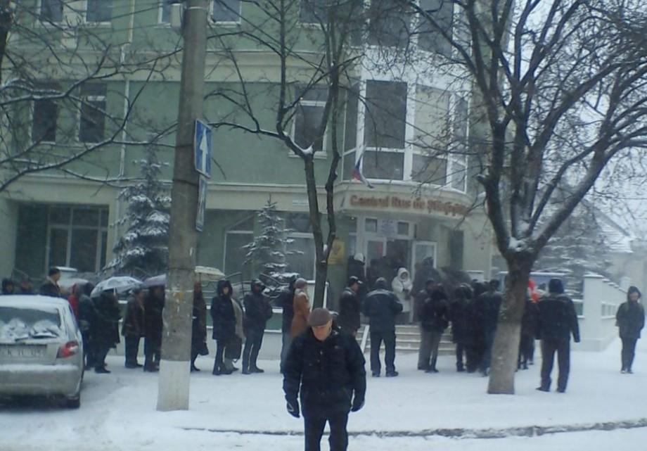(foto) La alegerile președintelui Rusiei, în Moldova, au participat peste 72 de mii de persoane