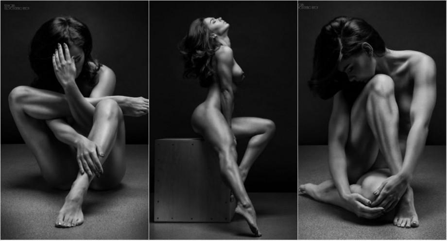 (foto) Nudul devine artă. Un fotograf din Rusia a surprins frumusețea feminină în alb negru