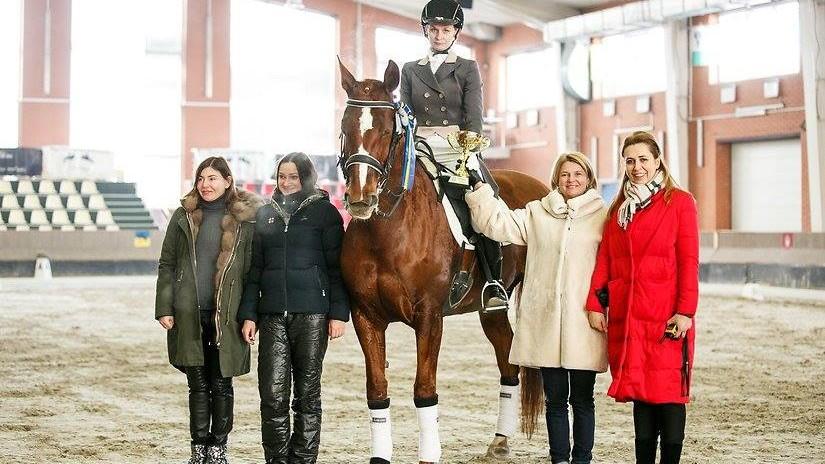 (foto) O călăreață din Moldova a obținut primul loc la un concurs internațional pentru prima dată în ultimii 10 ani