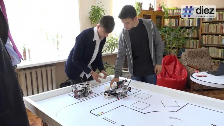 """(video) """"Orice idee poate fi transformată într-o afacere prosperă"""". Primul FabLab regional din Moldova a fost lansat la biblioteca din Ungheni"""