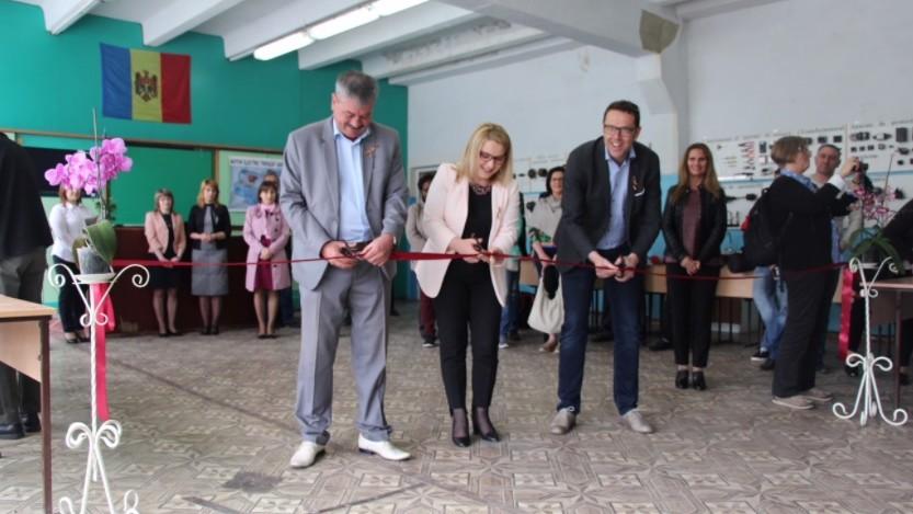 La Școala Profesională nr.4 din Bălți a fost lansat un sistem de energie solară fotovoltaică