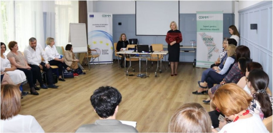 """""""Business Academy for Women"""" a premiat 30 de femei antreprenoare din Moldova. Acestea își vor putea dezvolta potențialul antreprenorial"""