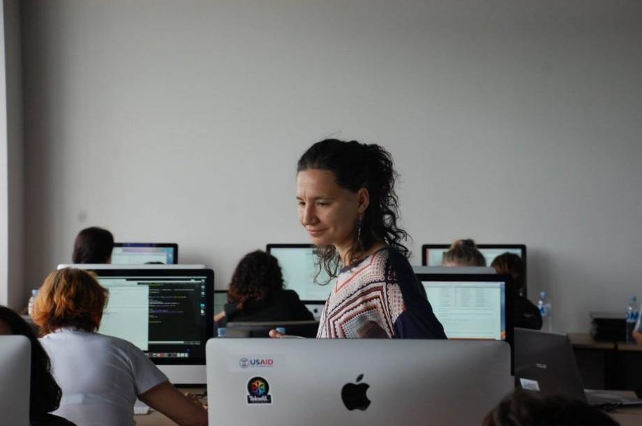 Îți place să creezi aplicații pentru web? Participă la Rails Girls Chișinău unde vei învăța să programezi profesionist