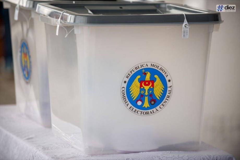 (foto) Alegerile din Chișinău au trecut pragul de validare. Peste 25% dintre locuitorii Capitalei au votat până la această oră