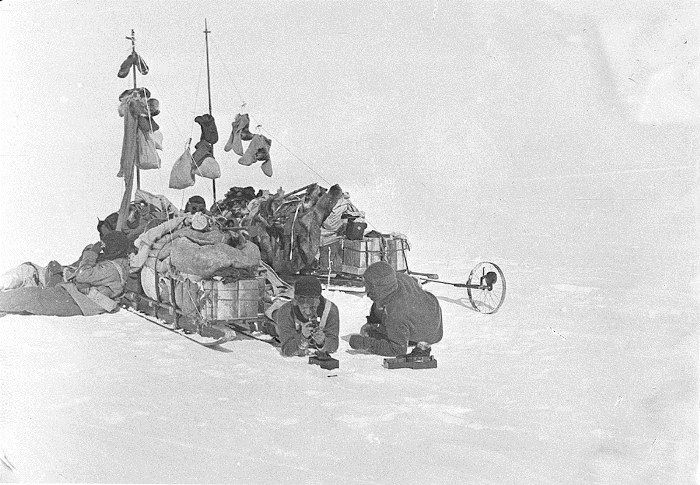 Australasian-Antartic-Expedition-9