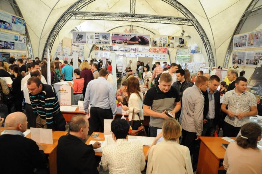 Participă la Târgul locurilor de muncă și stagii organizat de Universitatea Tehnică din Moldova și găsește-ți un job