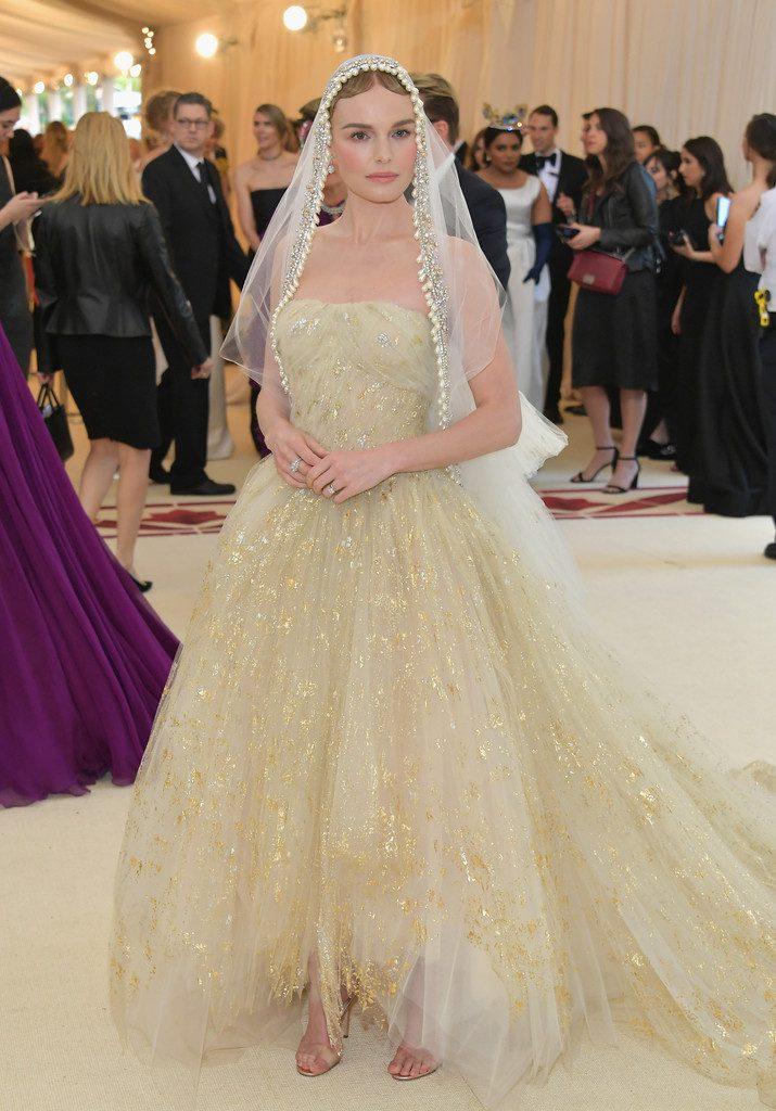Kate-Bosworth-715x1024