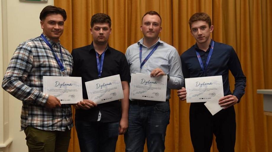 (video) O echipă de studenți de la UTM a obținut locul trei la un concurs din România. Tinerii au proiectat un pod