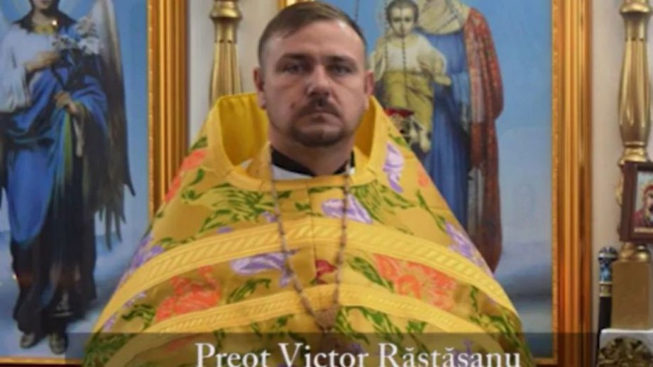 """(video) """"Botezul nu este o slujbă privată"""". Un preot din Strășeni a interzis părinților să participe la Botezul propriului copil"""