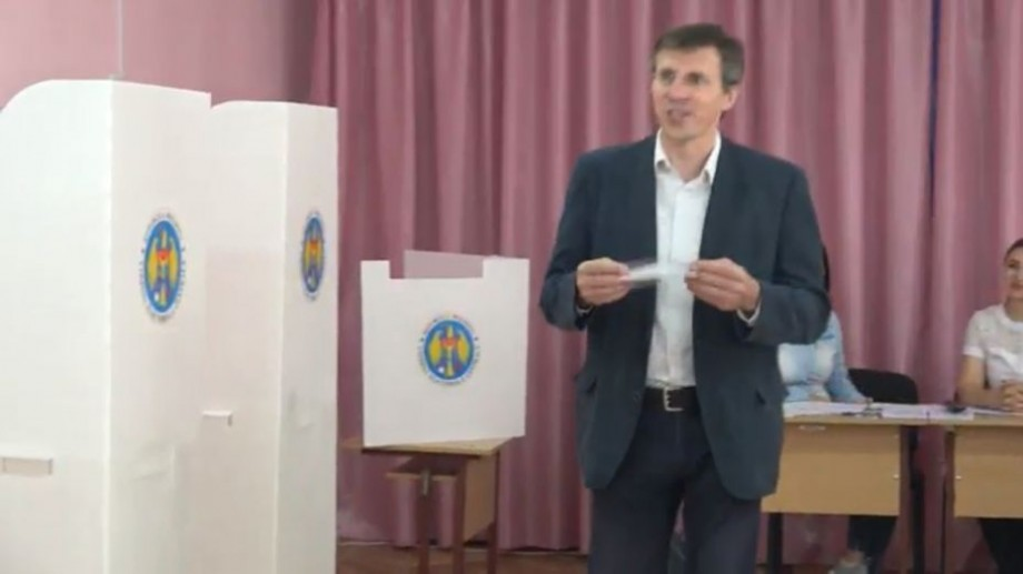 """(video) Dorin Chirtoacă și-a exprimat votul. """"Am votat pentru a pune capăt uzurpării"""""""