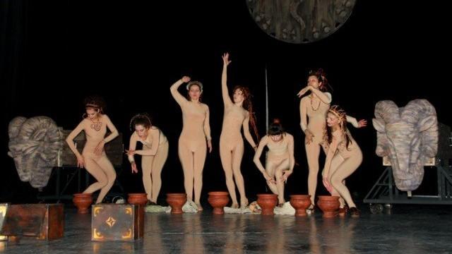 """Începe săptămâna la teatru. Care este repertoriul spectacolelor de la Teatrul Național """"Mihai Eminescu"""""""