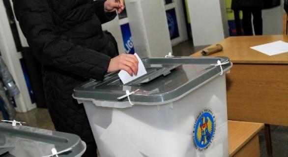 Care este prezența la vot în municipiul Bălți până la ora 12. Femeile sunt mai active decât bărbații