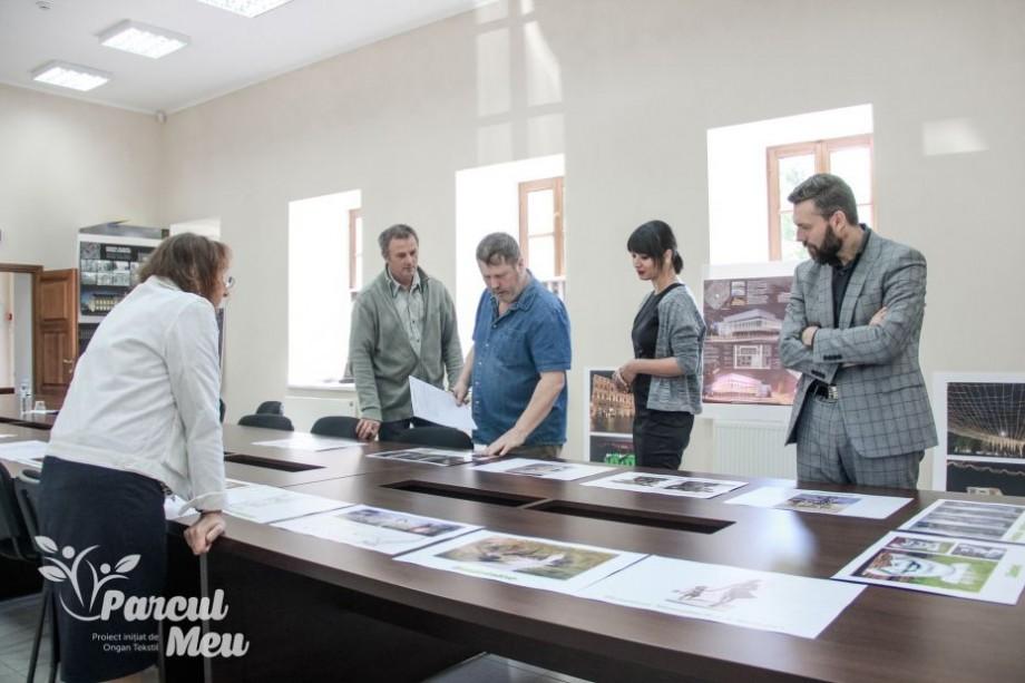 """(foto) Au fost desemnați câștigătorii concursului """"Sculptură pentru Parcul Meu"""""""