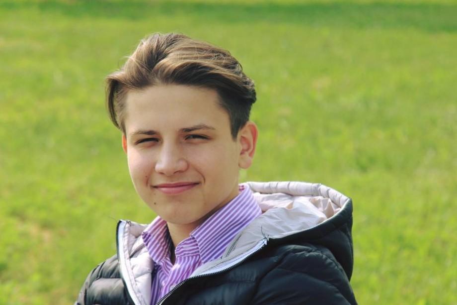 (foto) Un tânăr din Moldova a ocupat locul III la Olimpiada de Limbi Romanice din România