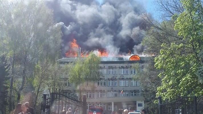 O companie de telefonie mobilă s-ar face vinovată de incendiul de la Institutul de Zoologie. Ce sumă ar urma să achite aceasta
