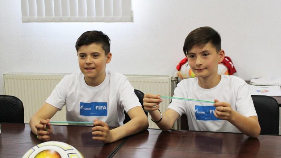 """(foto) Câștigătorii concursului """"Fotbal pentru Prietenie"""" vor fi ambasadorii din partea Moldovei la Campionatul Mondial de Fotbal 2018. Cine sunt aceștia"""