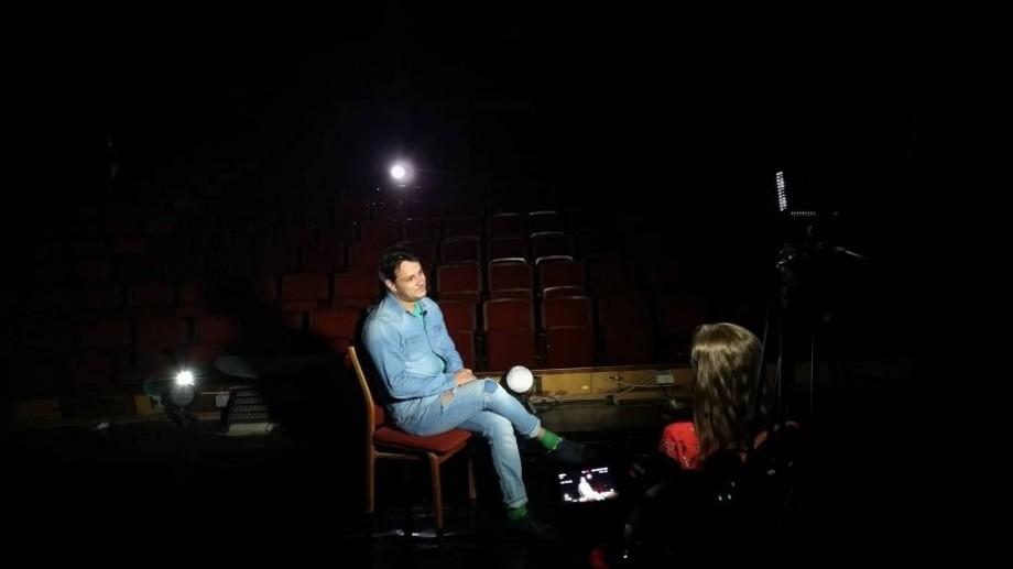 """(video) Stagiunea de Vară. Ce este publicul, nevoia de cultură și """"Teatrul din Stradă"""", în viziunea lui Serghei Chiriac"""