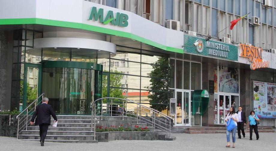 Statul cumpără aproape jumătate din acțiunile Moldova-Agroindbank