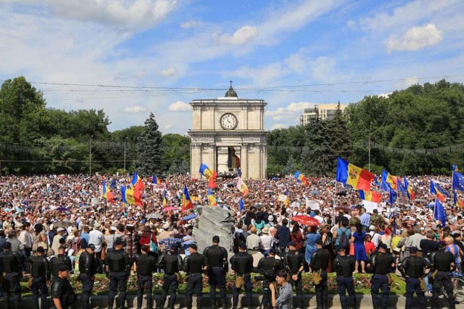 Câte persoane au ieșit ieri la protest în Piața Marii Adunări Naționale, potrivit IGP