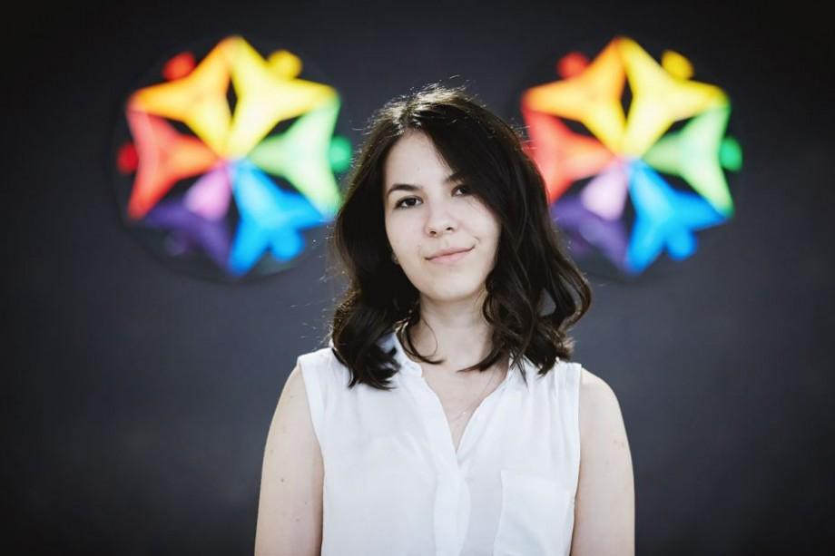 """Carolina POSTICA, Dezvoltator Front-end: """"Tekwill Academy nu e doar o școală, este o comunitate a oamenilor din IT"""""""