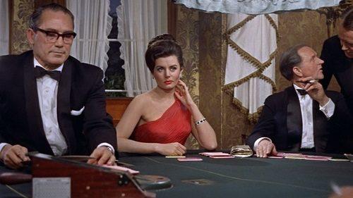"""Actrița care a jucat-o pe prima """"fată Bond"""" a decedat la vârsta de 90 de ani"""