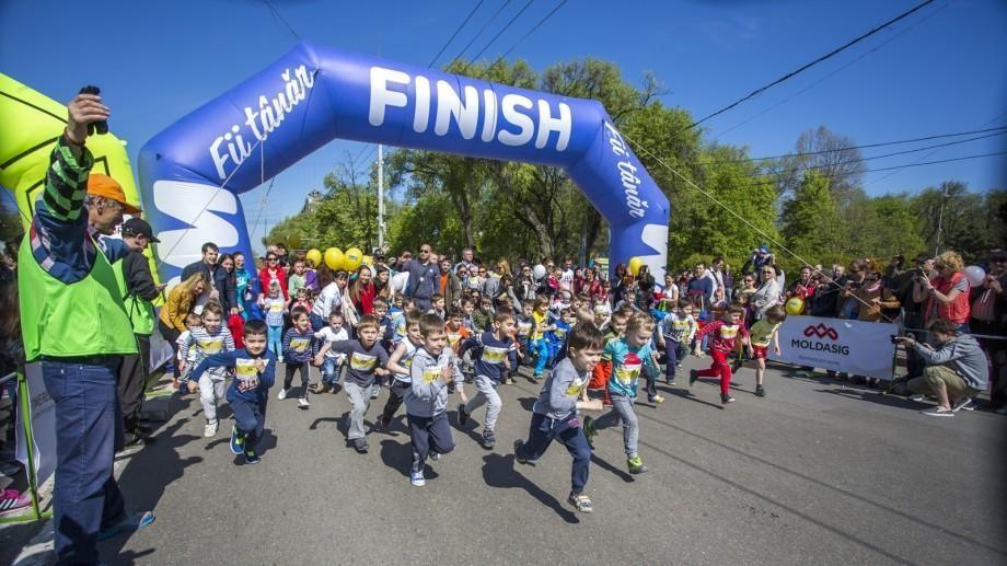 Ești pasionat de sport? Cum poți participa la primul campionat de triatlon pentru copii din Republica Moldova