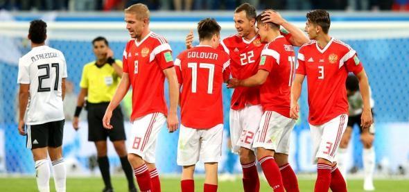 (video) Rusia învinge în cel de al doilea meci a Cupei Mondiale. Țara gazdă și-a asigurat un loc în optimile de finală