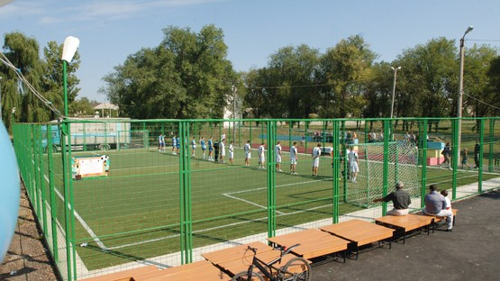 Lista terenurilor de fotbal din Chișinău unde poți merge cu prietenii să-ți încerci puterile la acest tip de sport