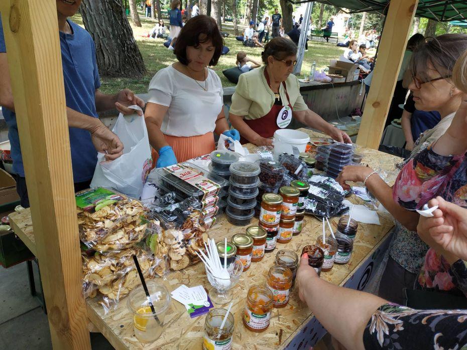 Summer Berry fair 8