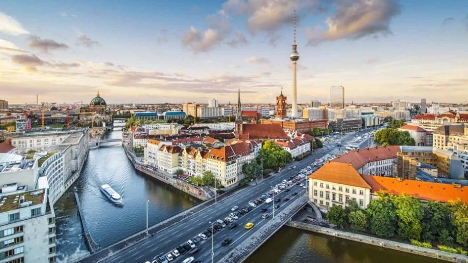 Participă la proiectul #provocarea 1918  2018   2118 și petrece șase luni în Berlin, practicând jurnalismul civic