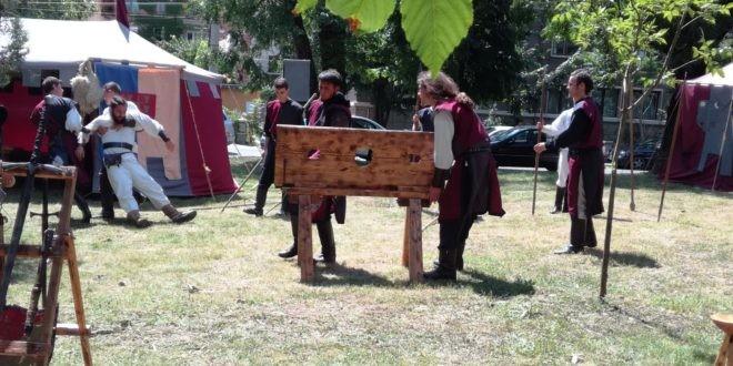 (foto) Peste 20 de obiecte de tortură medievală vor fi expuse în cadrul acestuia la Festivalul Medieval 2018