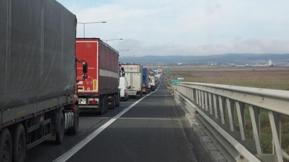Atenție! Restricție de circulație pentru transportul de mare tonaj pe drumurile naționale pe timpul caniculei