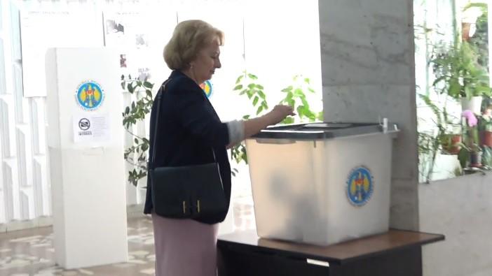 """(video) Zinaida Greceanîi și-a exprimat votul: """"Am votat pentru un primar gospodar"""""""
